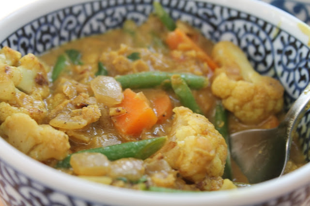 coconut, lentil and cauliflower curry