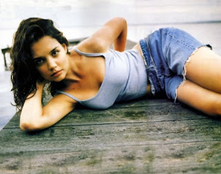 Katie Holmes Hot Styles