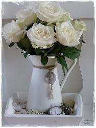 Witte roosjes..
