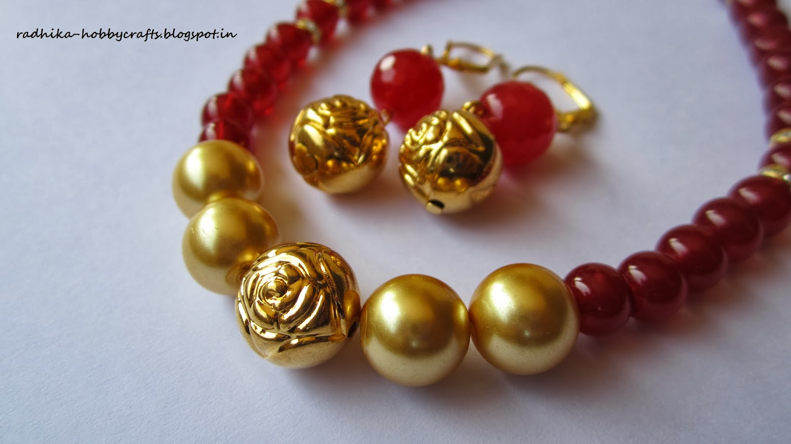 Hobby Crafts :): Red beads and rose bead necklace set