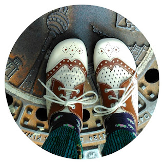 Ivy Arch's Berlin feet