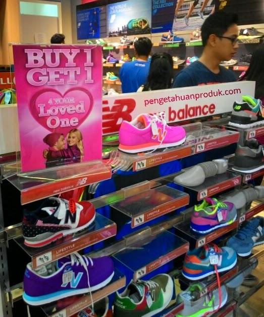 Tiga Toko Sepatu Gelar Diskon Gede-Gedean Dihari Valentine