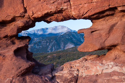 Pikes Peak through the Siamese Twins formation at Garden of the Gods