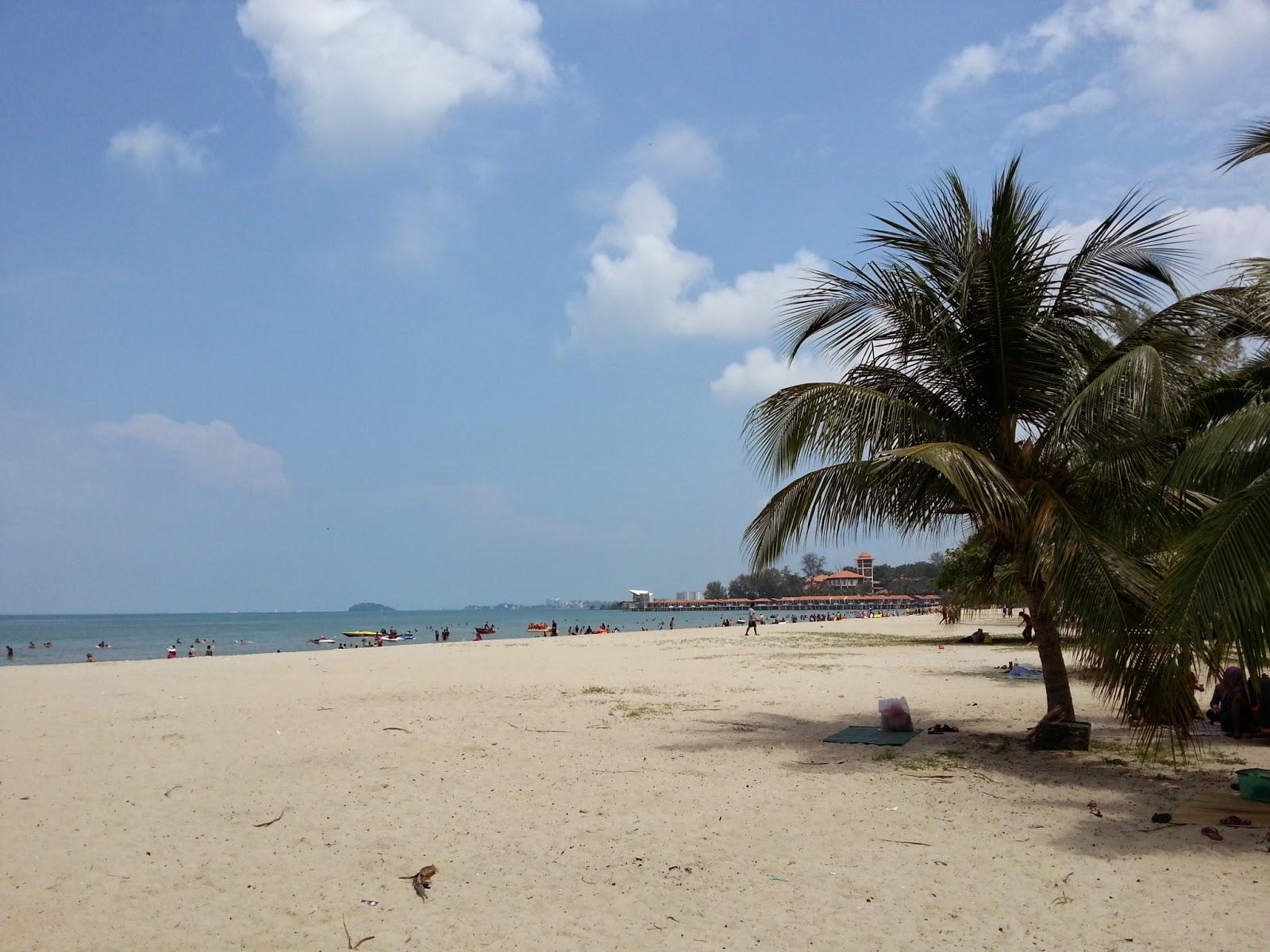 Pantai Saujana
