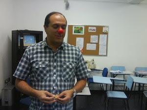 Prof. Marcelo, ministrando sobre humanização na área da saúde.