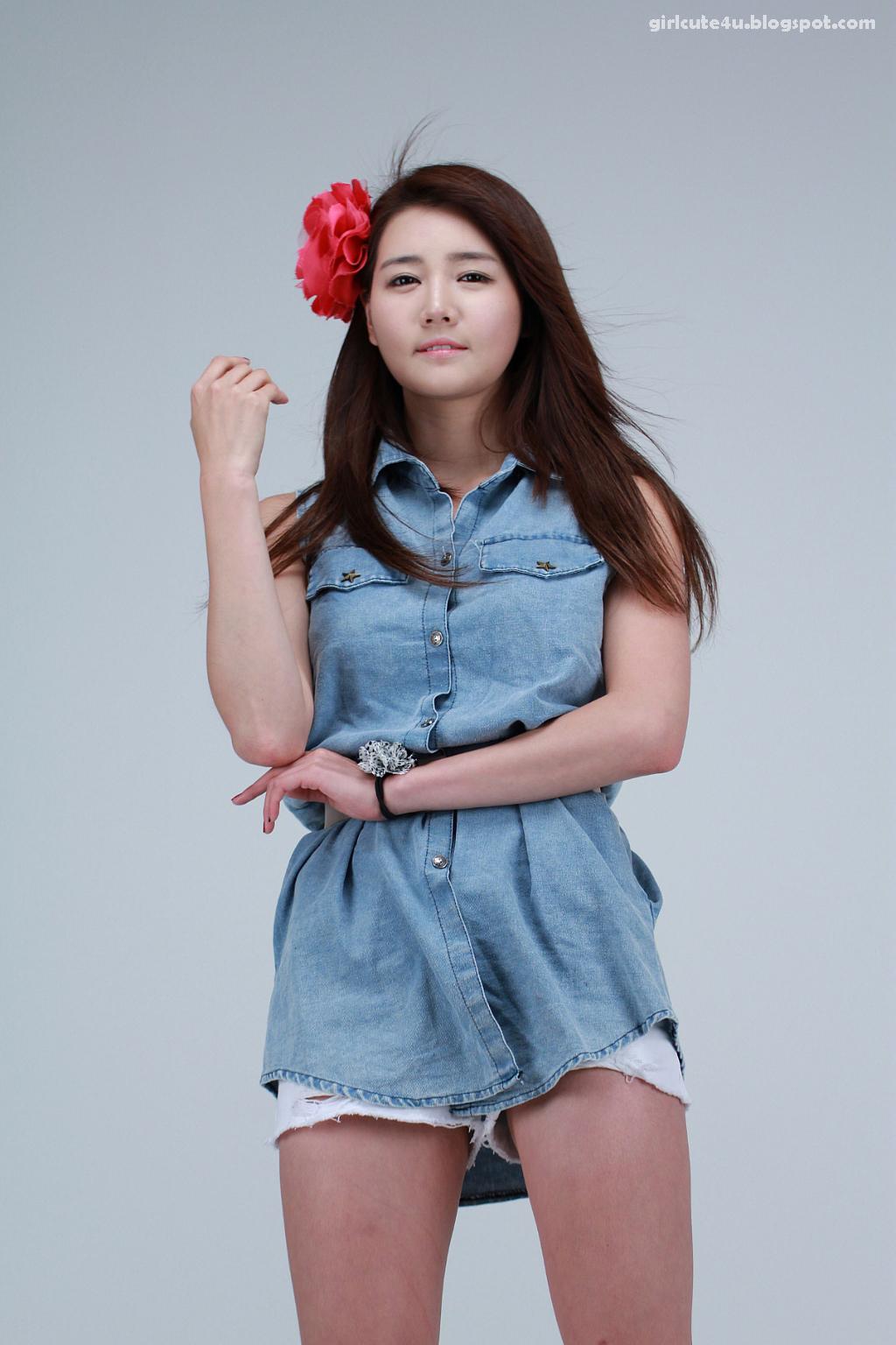 xxx nude girls: Han Ga Eun - Cute Red School Girl