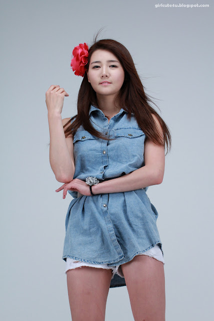 24 Han-Ga-Eun-Denim-Shirt-01-very cute asian girl-girlcute4u.blogspot.com