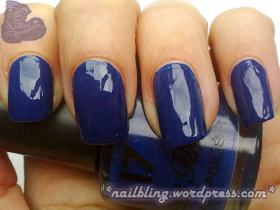 Boots 17 Fast Finish True Blue Swatch