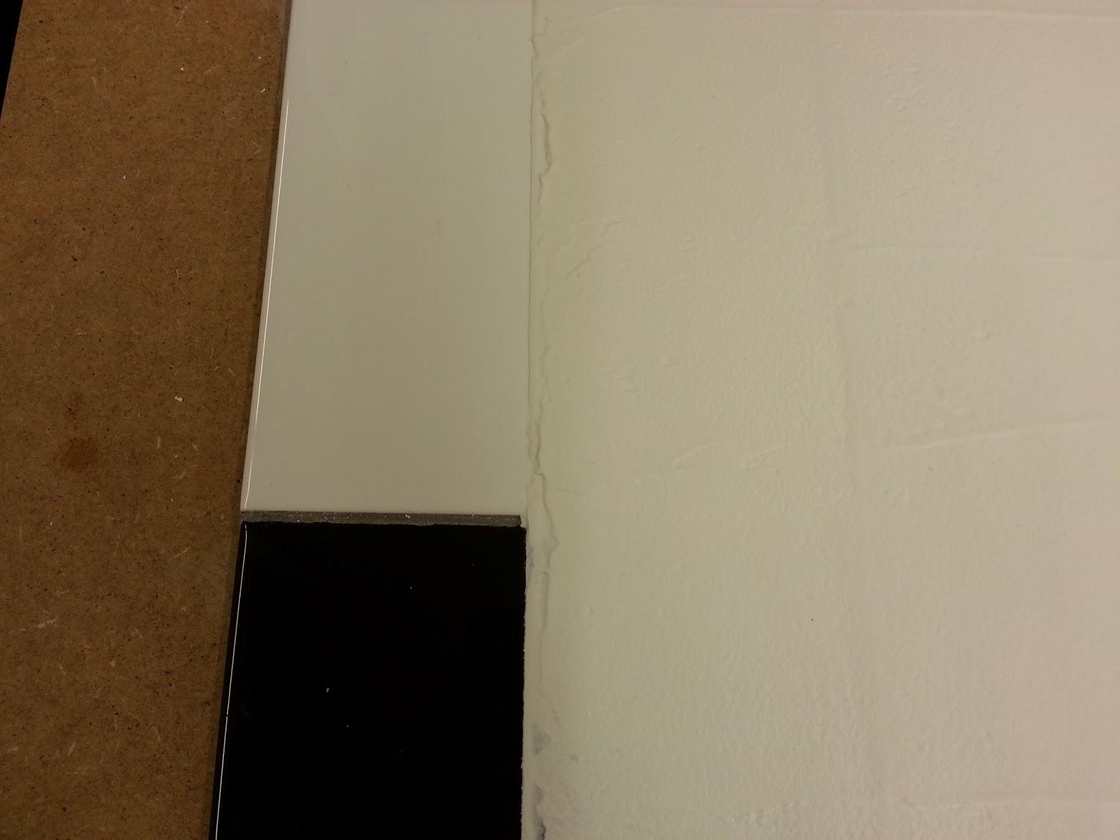 Repeindre du carrelage pour une finition b ton cir for Peut on mettre du beton cire sur du carrelage