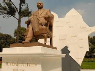 aliyev heydar mexico statue azerbaijan