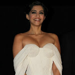 Sonam kapoor hot pics Exclusive