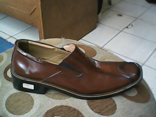 sepatu gi-erre yang modis