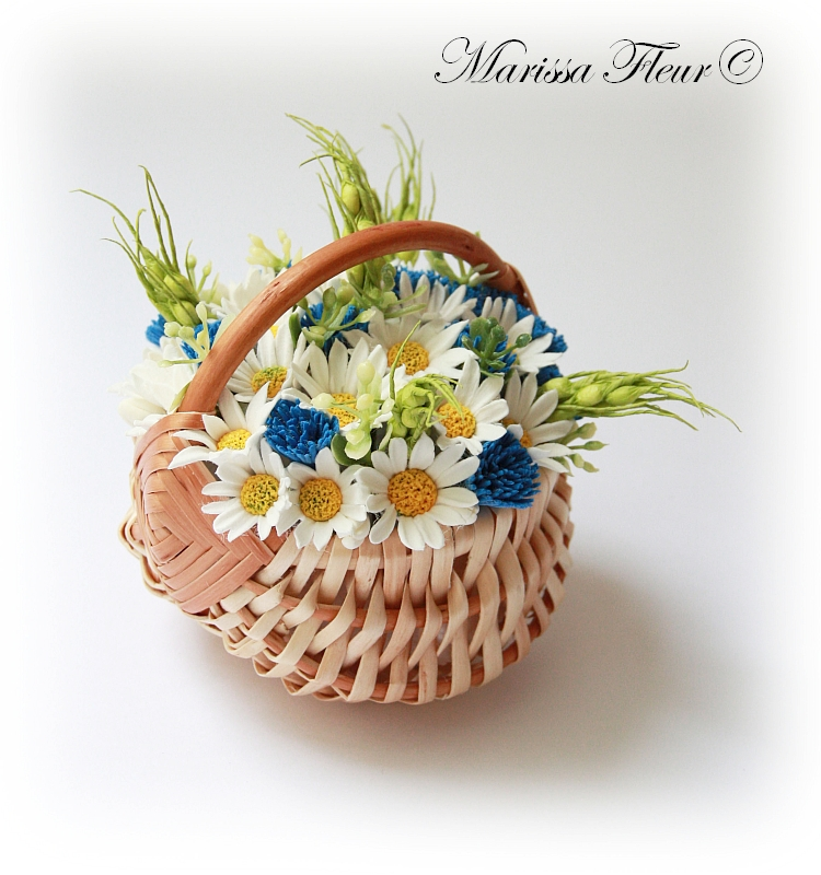 Flowers Basket Making : A touch of beauty flower basket with daisies and