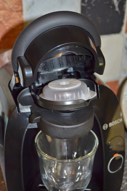 Bosch Coffee Maker Problems : Vintage Peonies: T20 Tassimo Bosch Coffee Maker Review