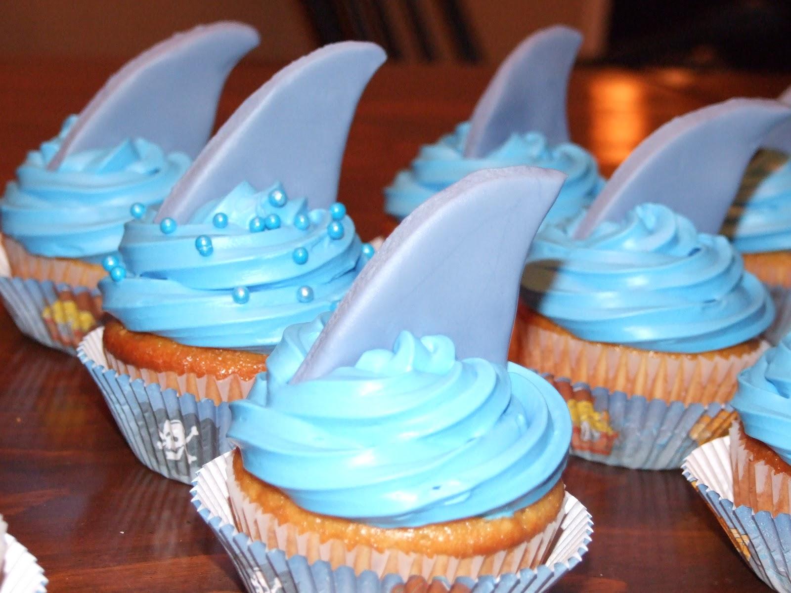 Libellés : Cupcakes , Gâteaux danniversaire (garçons)