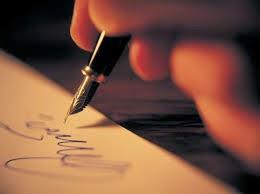 """Kesusastraan berasal dari kata dasar """"suastra"""" mendapat imbuhan me-an. Susastra sendiri berasal dari gabungan kata """"su"""" yang berarti """"baik"""" dan """"sastra"""" yang berarti tulisan """"tulisan"""". Jadi """"susastra"""" berarti tulisan yang baik."""