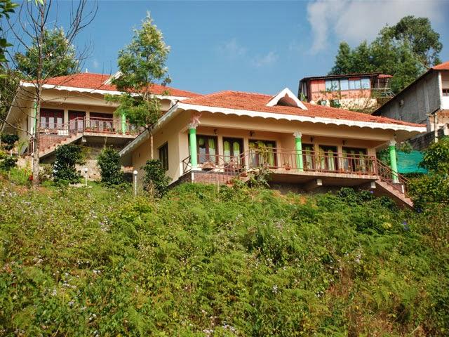 Munnar Budget Cottages, Munnar Luxury Cottages, Munnar Best Cottages Munnar, green leaf cottage pictures, green leaf cottage bedrooms