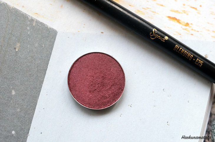 MAC Cranberry Eyeshadow Review and Makeup Tutorial