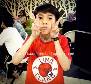 Life with Love.: Biodata Iqbaal Coboy Junior