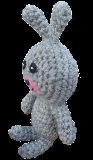 Conejo de crochet amigurumi