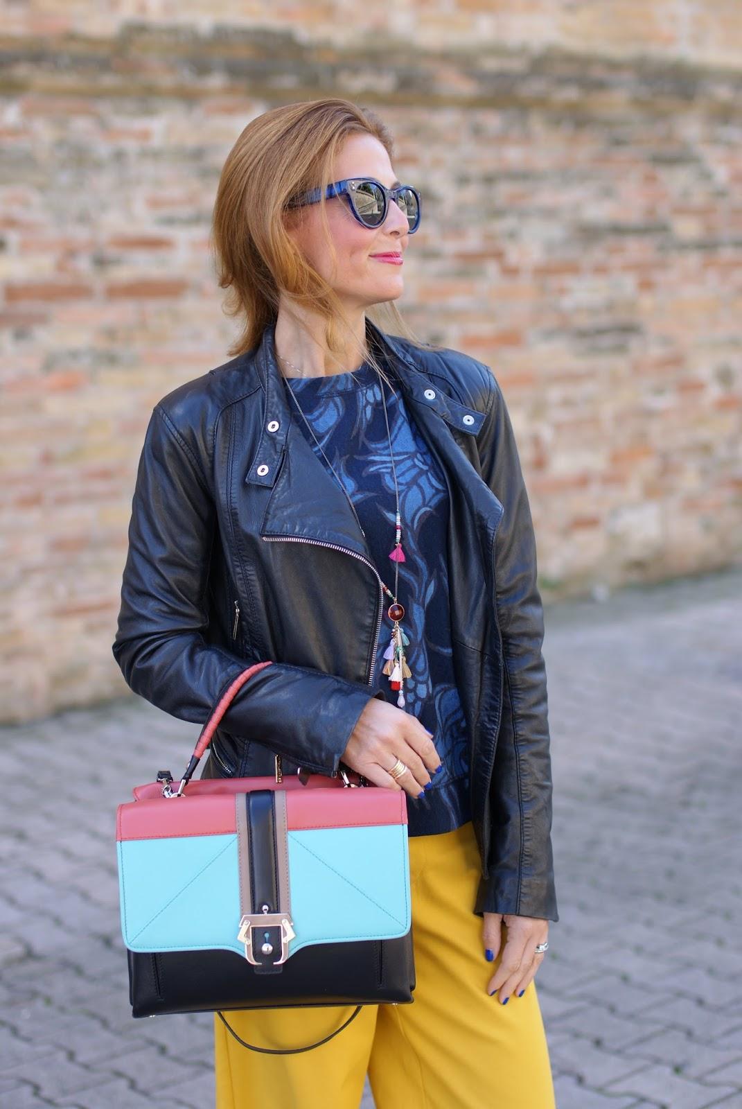 Paula Cademartori Faye handbag, leather jacket from Elisabetta Franchi and Hype Glass on Fashion and Cookies fashion blog