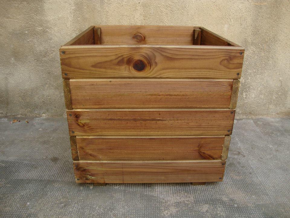 Macetero en madera autoclave - Macetas de exterior baratas ...