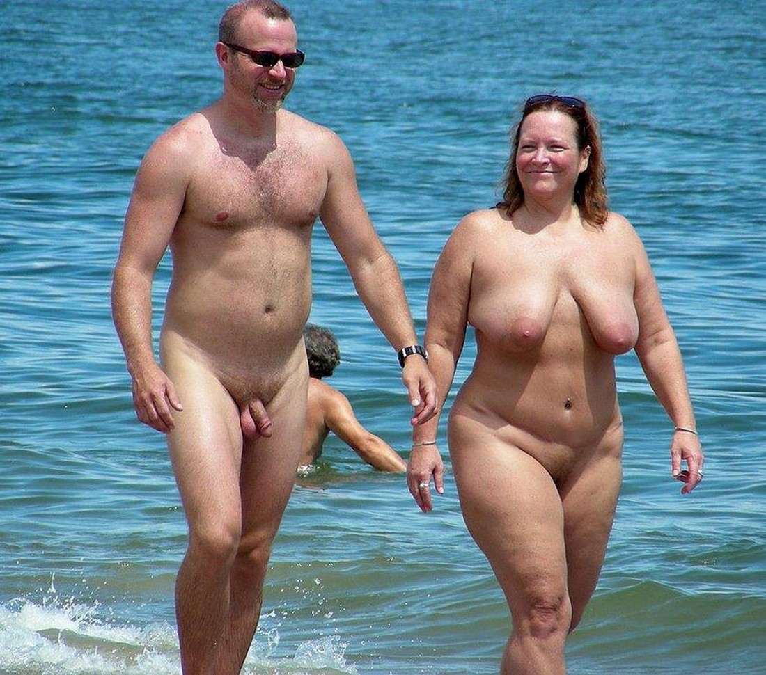 Chubby chicks nude at the beach sarah palin