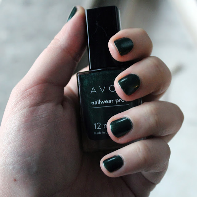 AVON Nailwear Pro+ in midnight green.