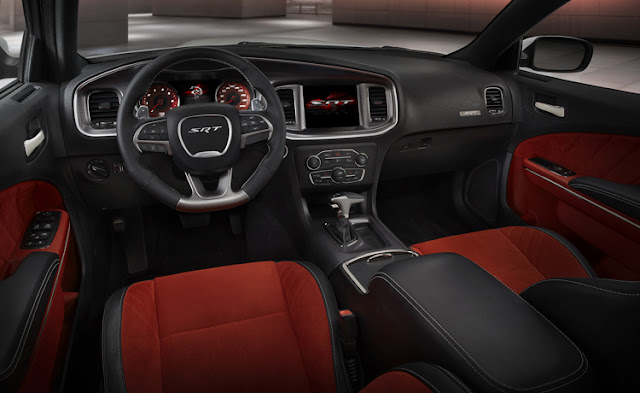 Interior Dodge Charger SRT Hellcat 2015
