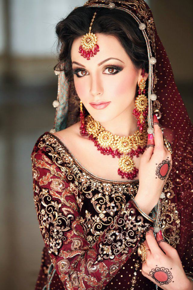 Latest images of Pakistani bridal makeup