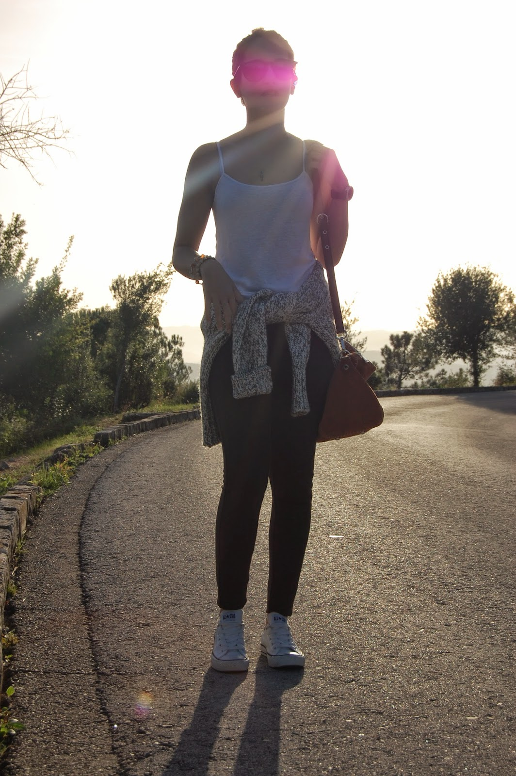 zara, bimba&lola, raybaleggins zara, bolso bimba&lola, gafas de sol rayban, jersey de zara, zapatos converse
