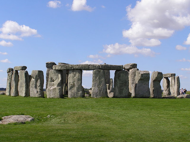 beautiful places in the world Stonehenge