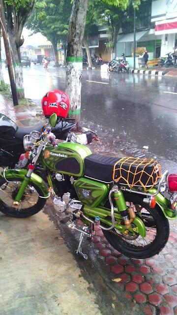 Foto Modifikasi Honda CB Bagong Ijo Seksi