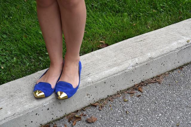 boohoo, aztec, aztec dress, short aztec, blue suede shoes, gold capped, shoes, flats, dolce vita, smart set