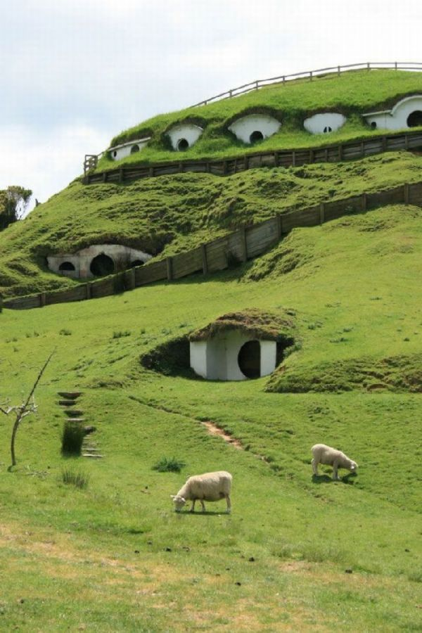 The Hobbland - The Real Shire : 4 Images