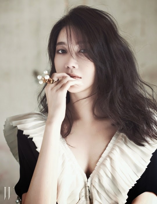 Lee Ji Ah - W Magazine May Issue 2014