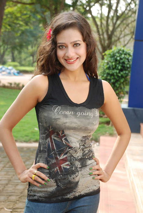 madalasa sharma new , madalasa sharma glamour  images