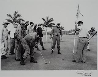 Juego de Golf con Fidel (1959) by Korda