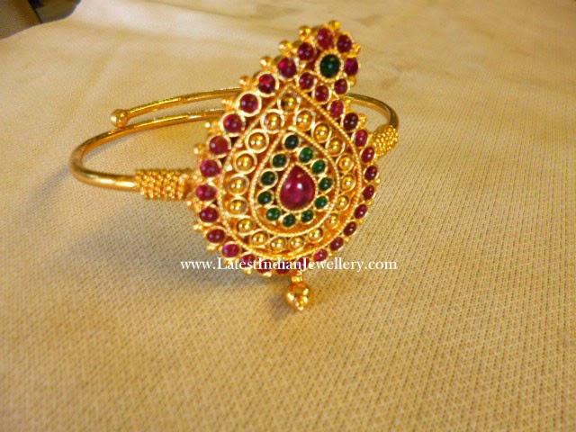 Paisley Design Gold Baju Bandh