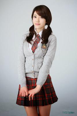 Bo Mi - Cute Schoolgirl
