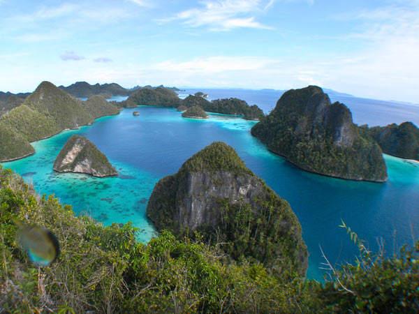 Wisata Bahari Raja Ampat, Pulau Papua yang Eksotis