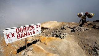 Gunung Berapi di Indonesia dikabarkan status siaga