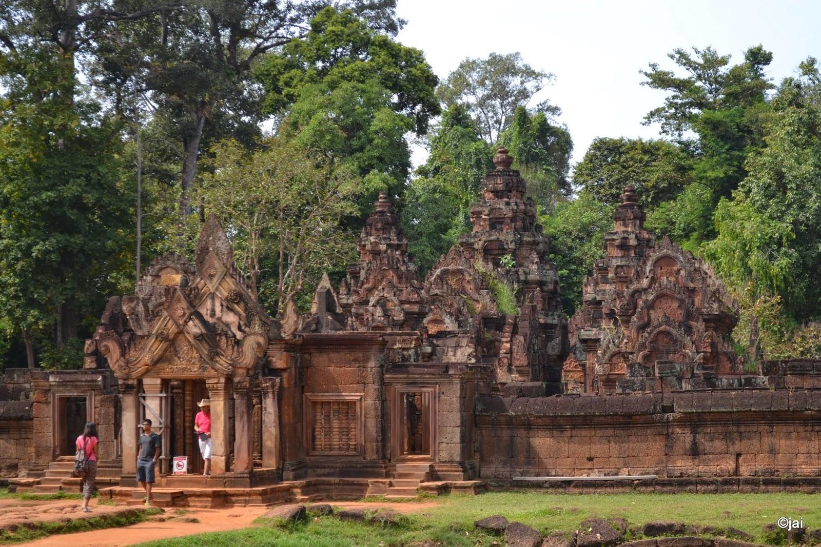 Banteay Srei or Banteay Srey at Angkor, Cambodi
