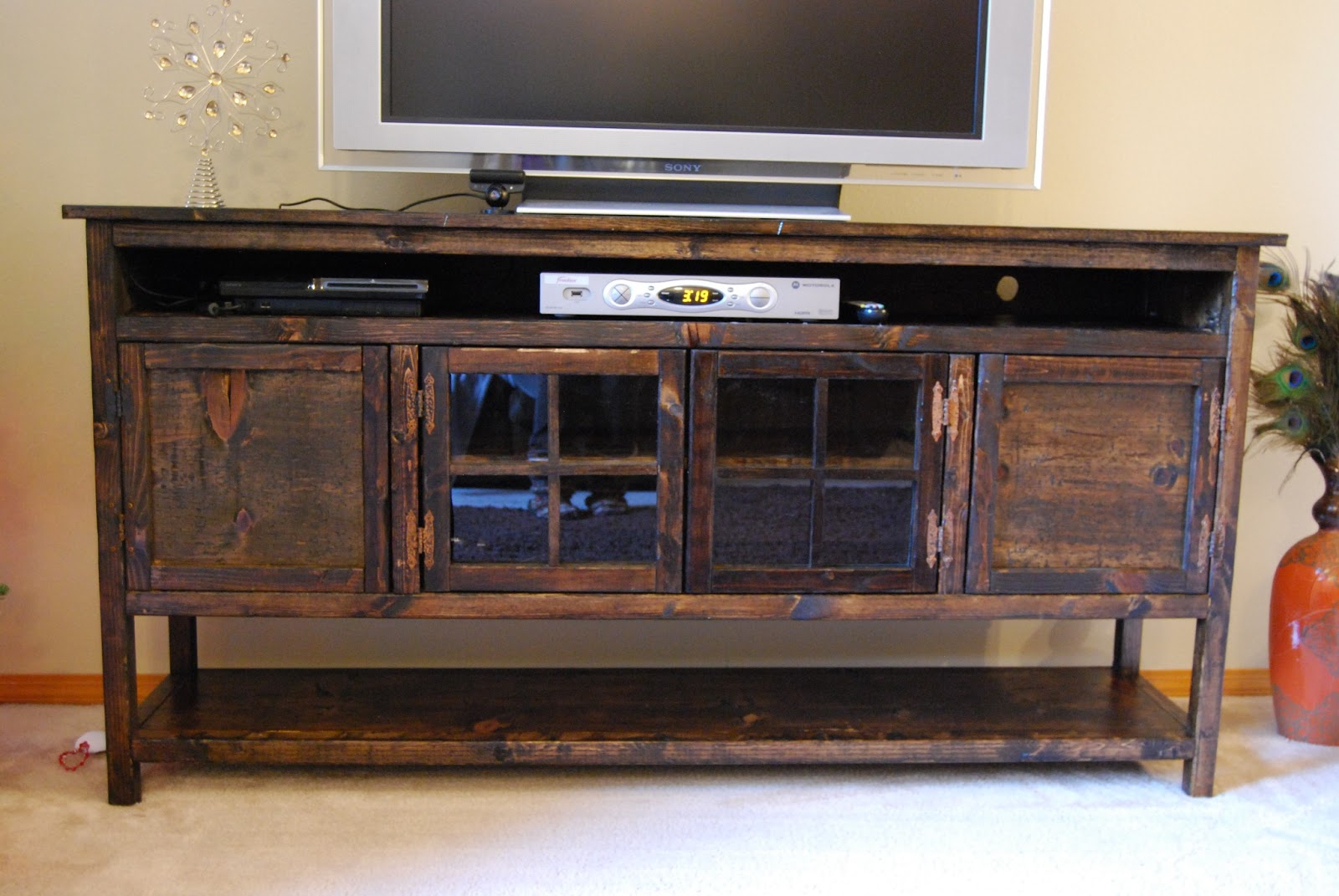 vivacious bee diy entertainment center