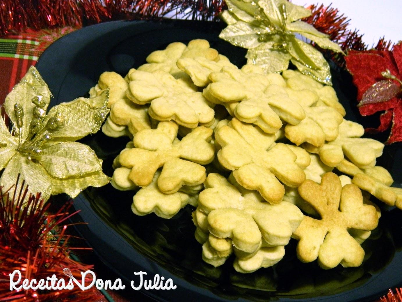 Biscoitos amanteigados natalinos