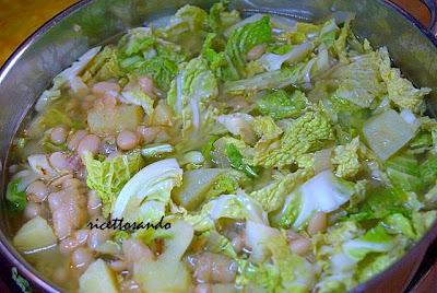 Zuppa di verze e fagioli ricetta primi piatti di verdura