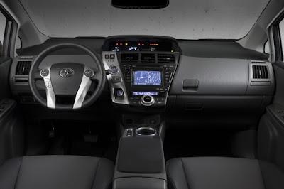 2012-Toyota-Prius-v-Luxury-inside