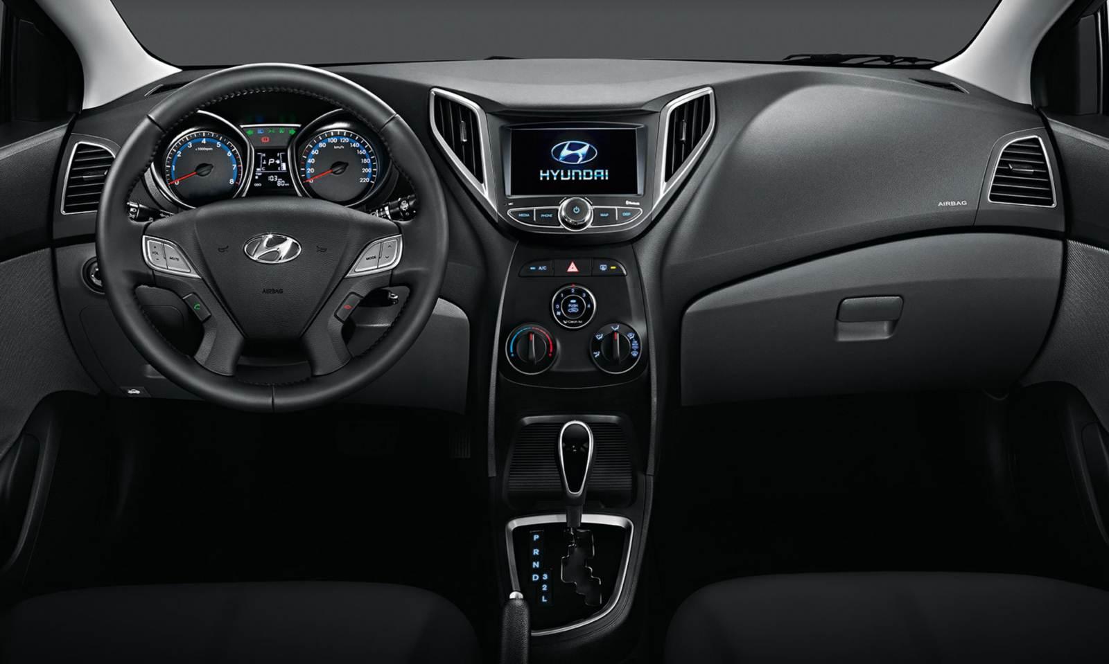 Hyundai HB20 - interior