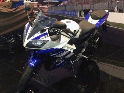 Launching Yamaha R15 Indonesia tinggal menunggu waktu. . . . kemungkinan Honda CBR 150R di lokalkan semakin besar!