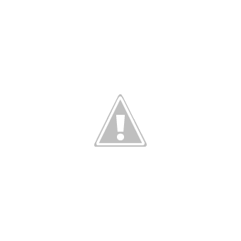 Natural housewife poses nude for masturbation photos